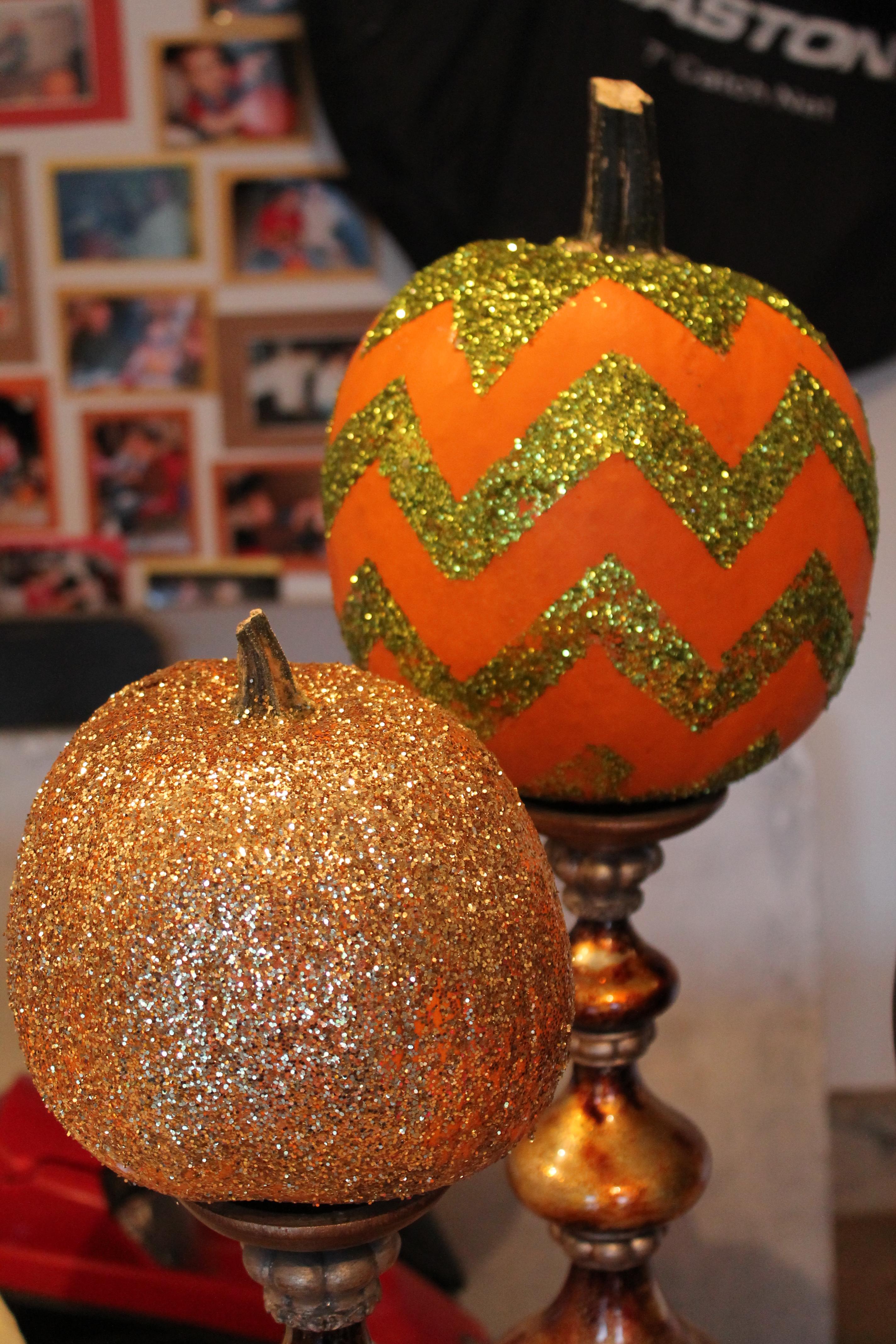 How To Paint A Glittered Chevron Pumpkin Jennifer Allwood Home